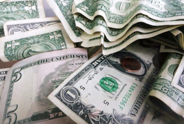 """Dollari (e non solo) ben investiti. La finanza responsabile si sta a""""alzando"""""""